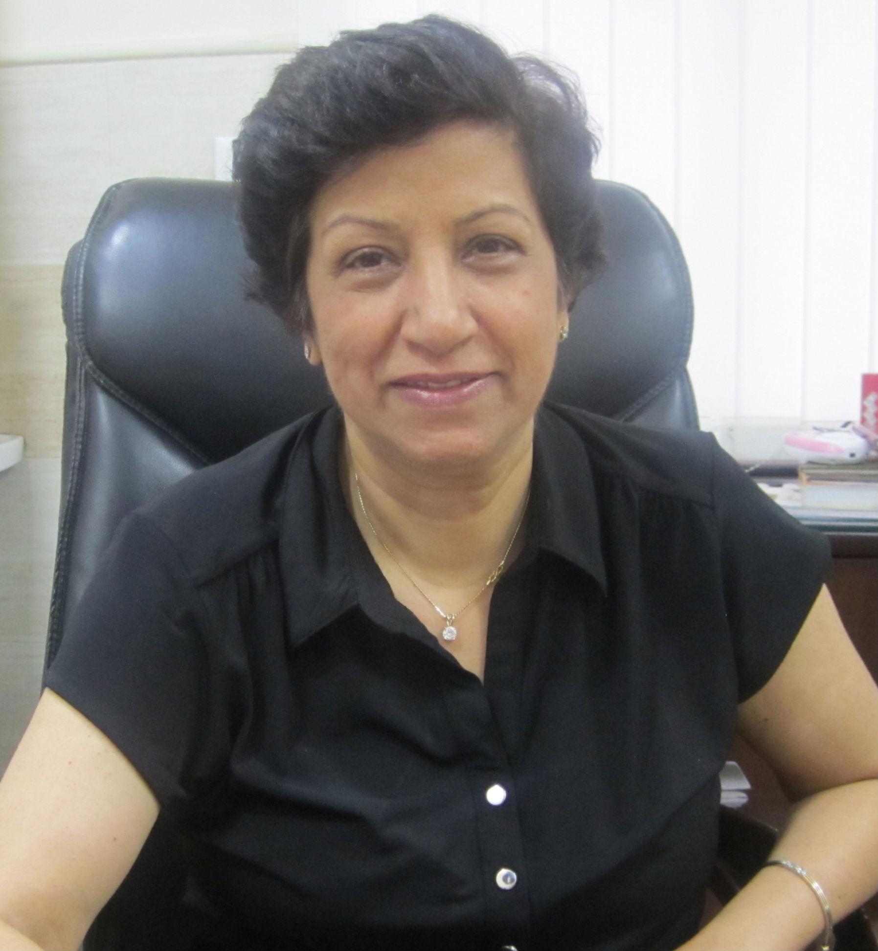 Dr. Sucheta Malhotra - Gynecologist/Obstetrician