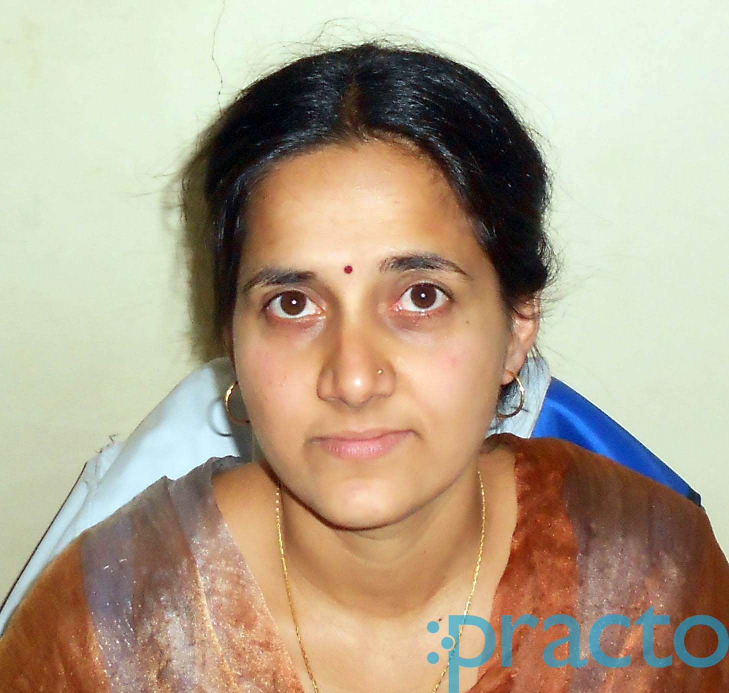 Dr. Veena Ganesh Prasad - Dentist