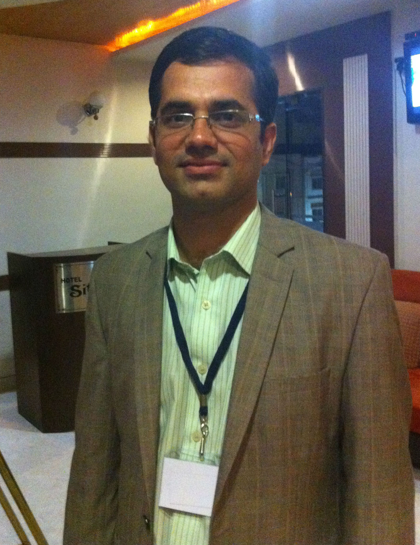 Dr. Prakash L Tejwani - Urologist
