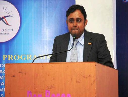Dr. Sachin Sinha - Dentist