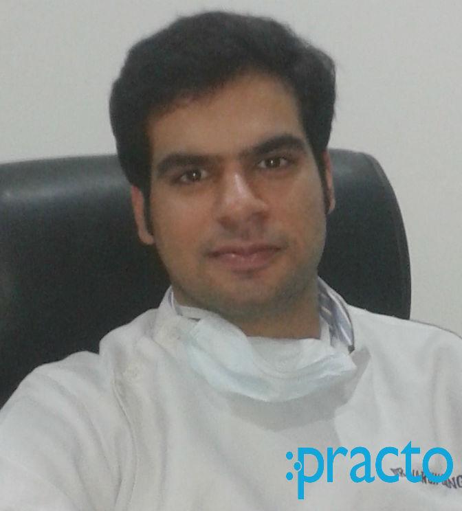 Dr. Varun Dhingra - Dentist
