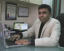 Dr. Mayank Khandwala - Ophthalmologist