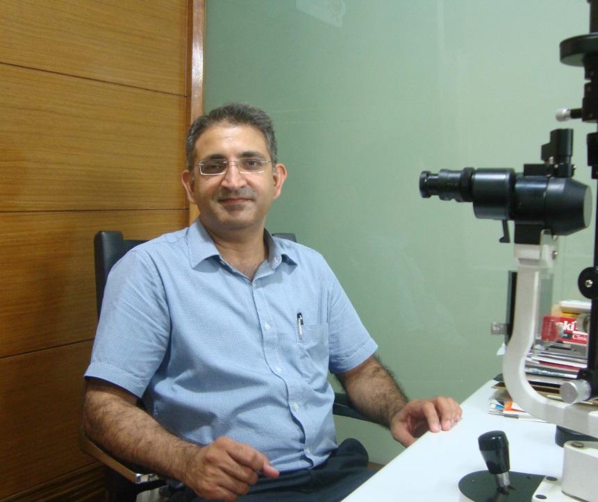 Dr. Sanjeev Bisla - Ophthalmologist