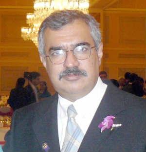 Dr. Mahesh .M. Lalwani - Dentist