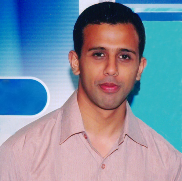 Dr. Amit Wadhawan - Dentist