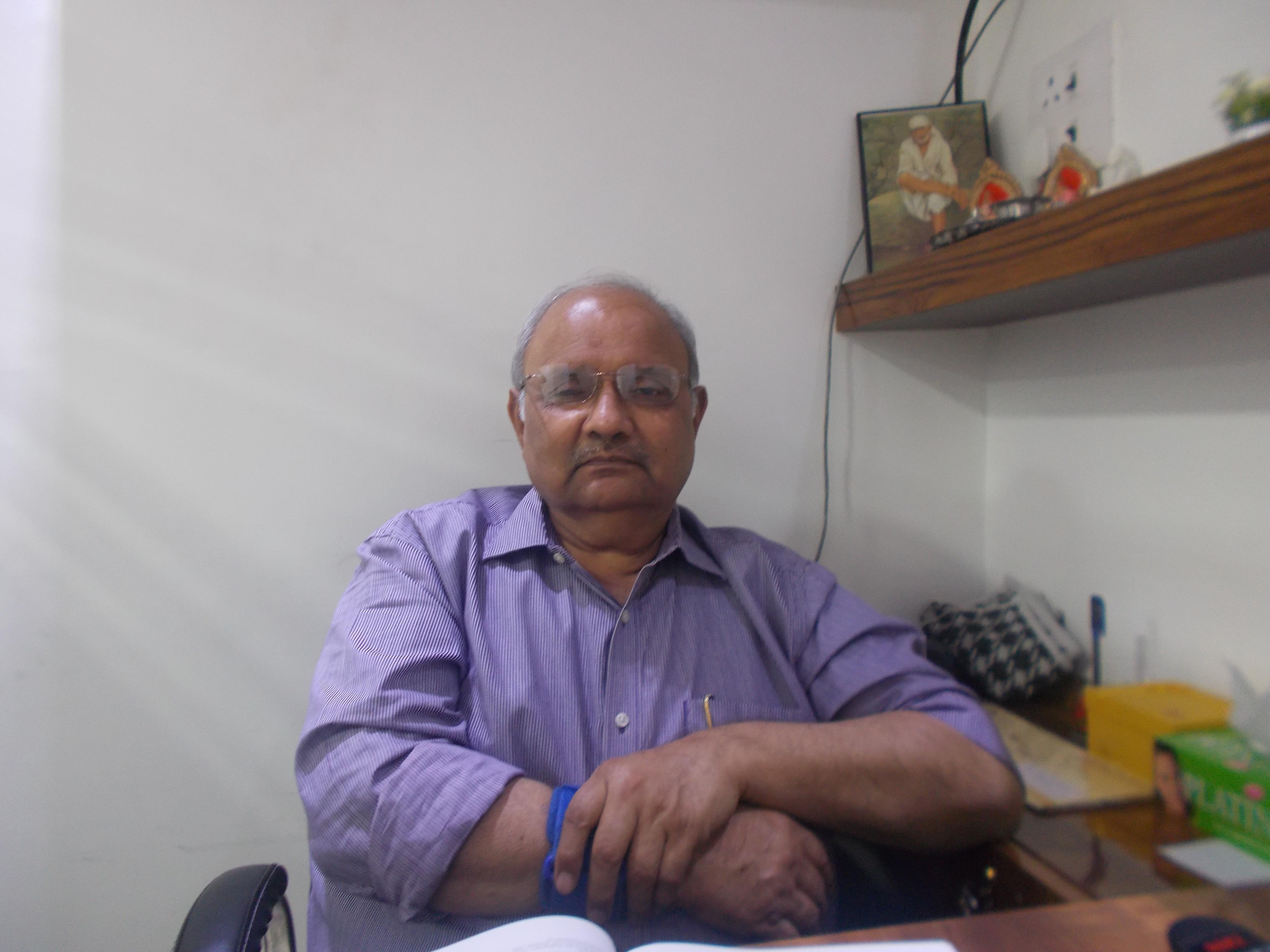 Dr. Naresh Vaid