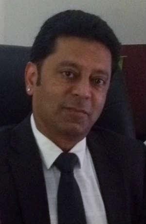 Dr. Naeem Sadiq - Neurologist