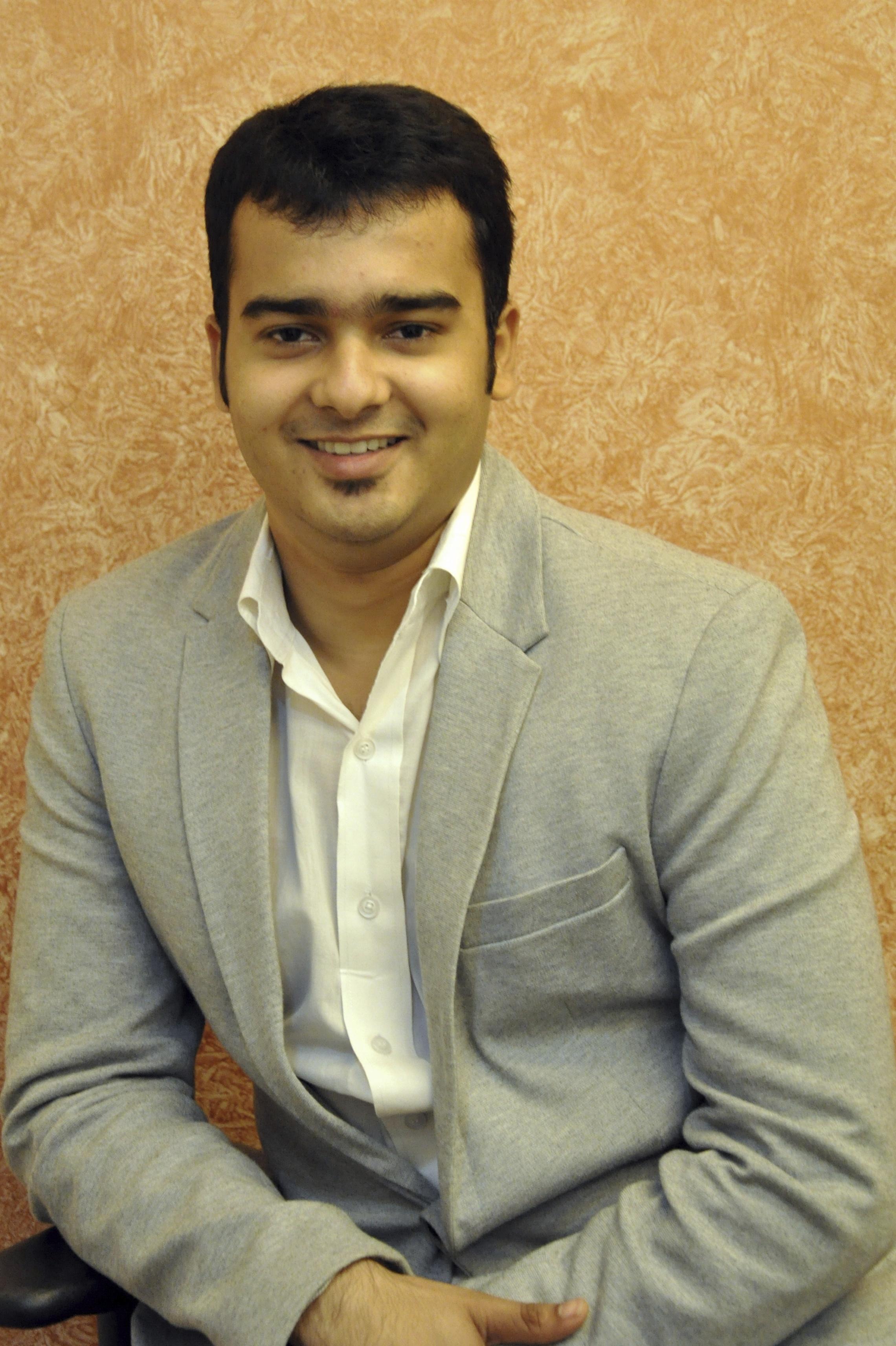 Dr. Abhishek Modi - Dentist