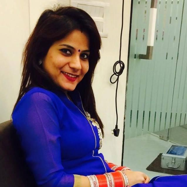 Dr. Neha Malhotra - Dentist