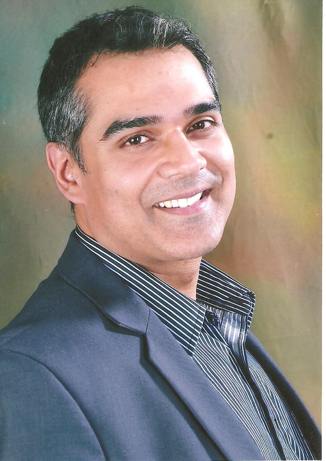 Dr. Jitesh Sahgal - Dentist