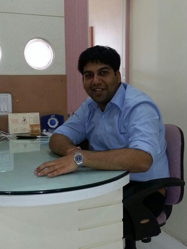 Dr. Kavan Shah - Dentist