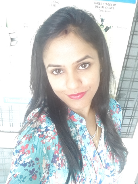 Dr. Neeti Sharma - Dentist