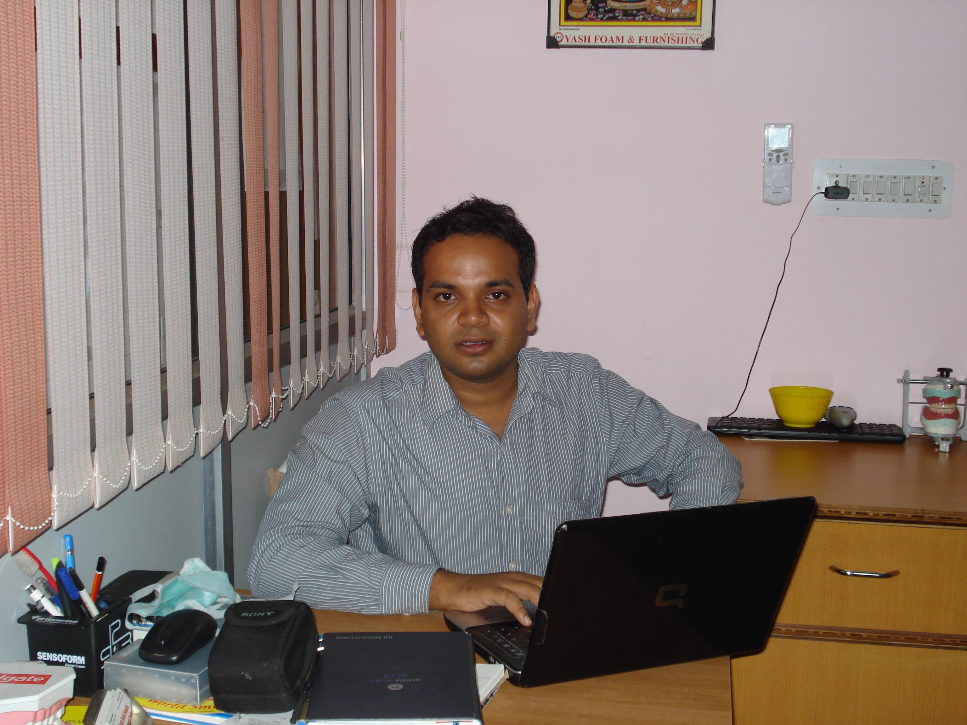 Dr. Shashank Gupta - Dentist