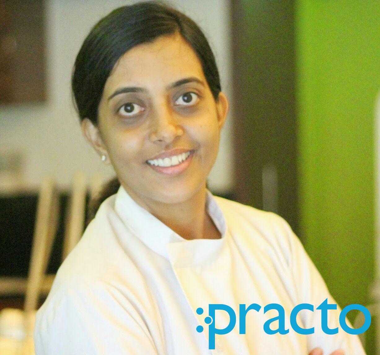 Dr.Mrudula Acharya - Dentist