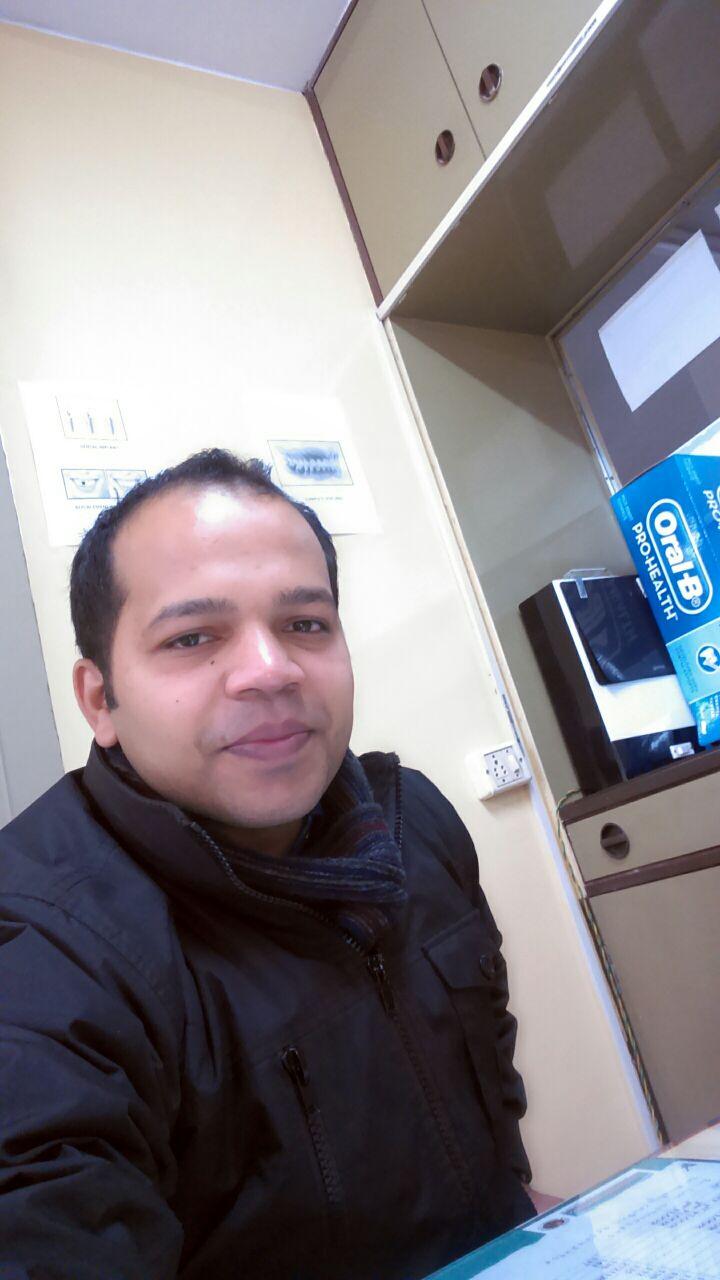 Dr. Akshay Nambiar - Dentist