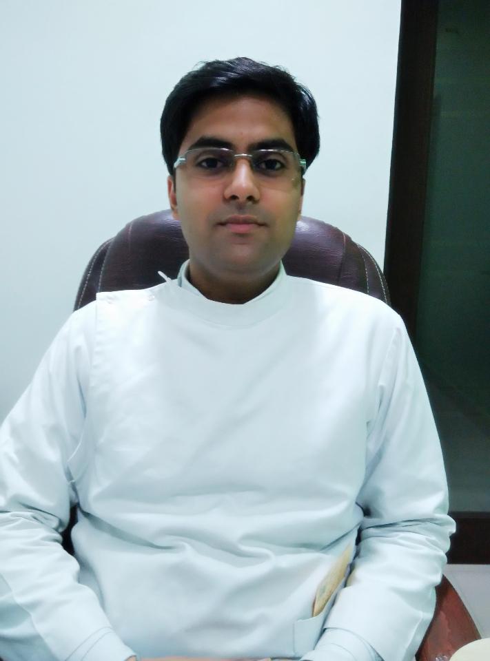 Mr. Nikhil Sood - Dentist