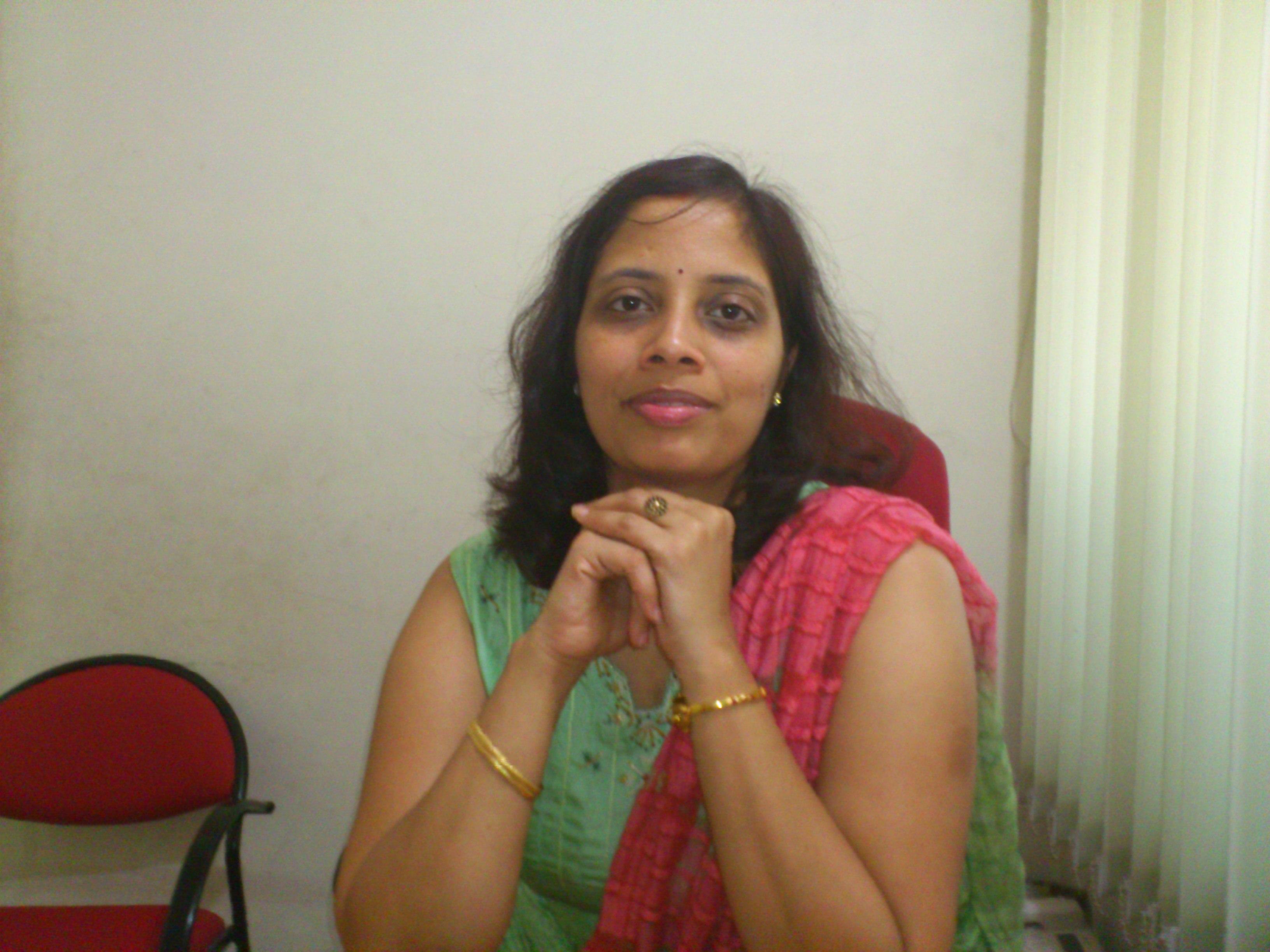 Dr. Archana Nagarkar - Dentist