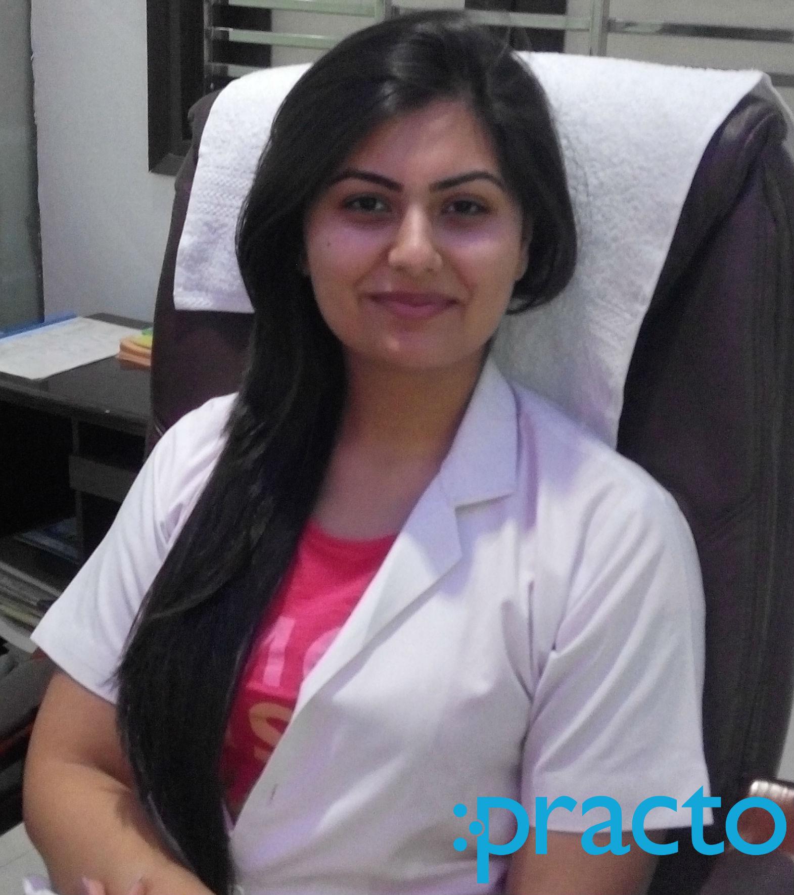 Dr. Srishti Bhatia. - Dentist