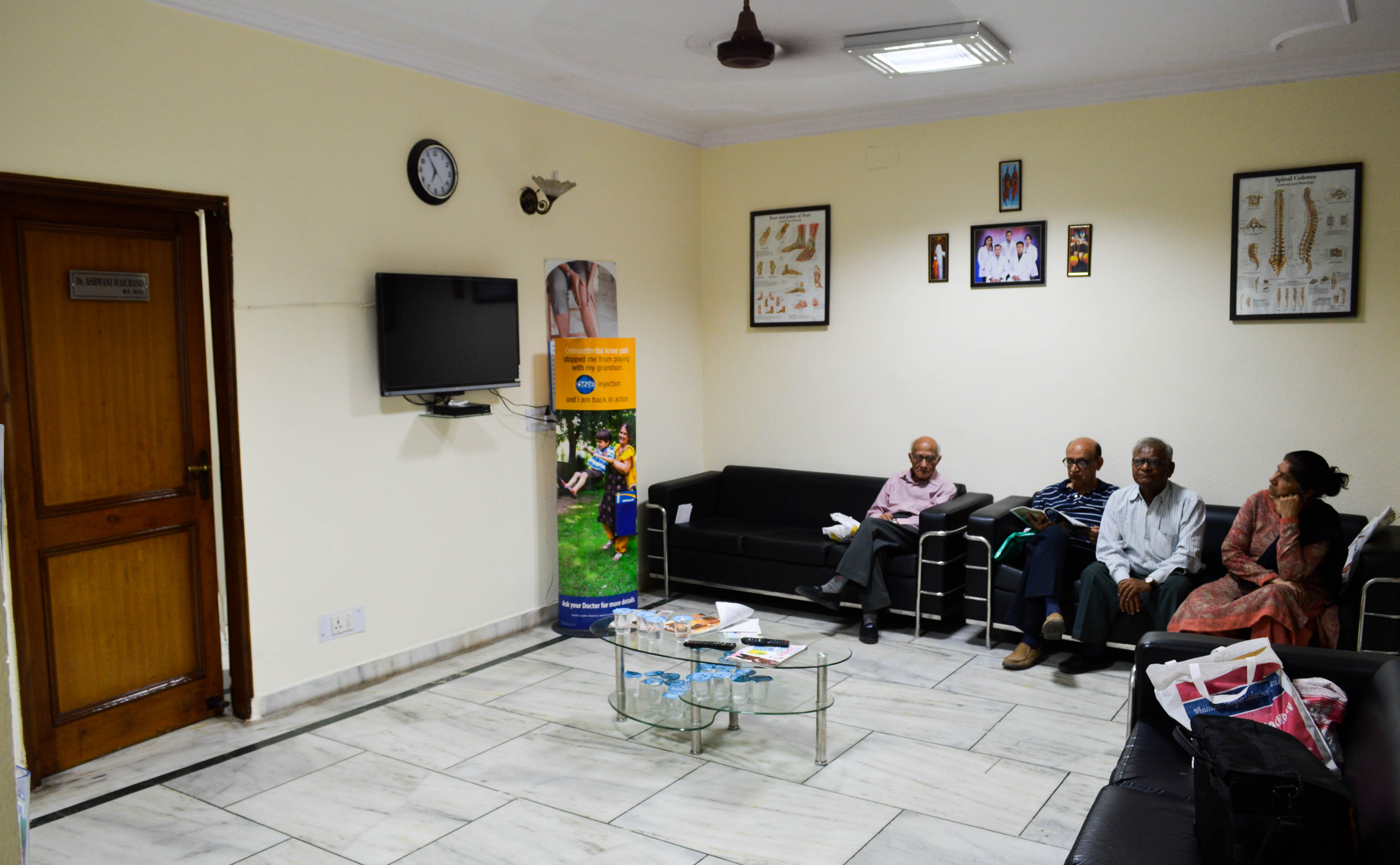 orthopedic doctors in mandi house delhi instant appointment