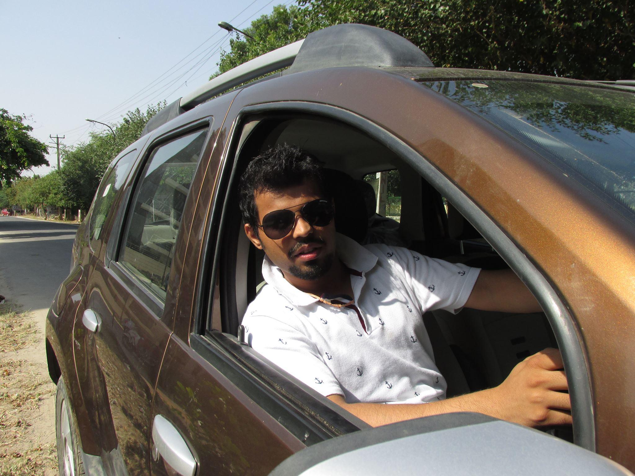 Dr. Varun Gaur - Dentist