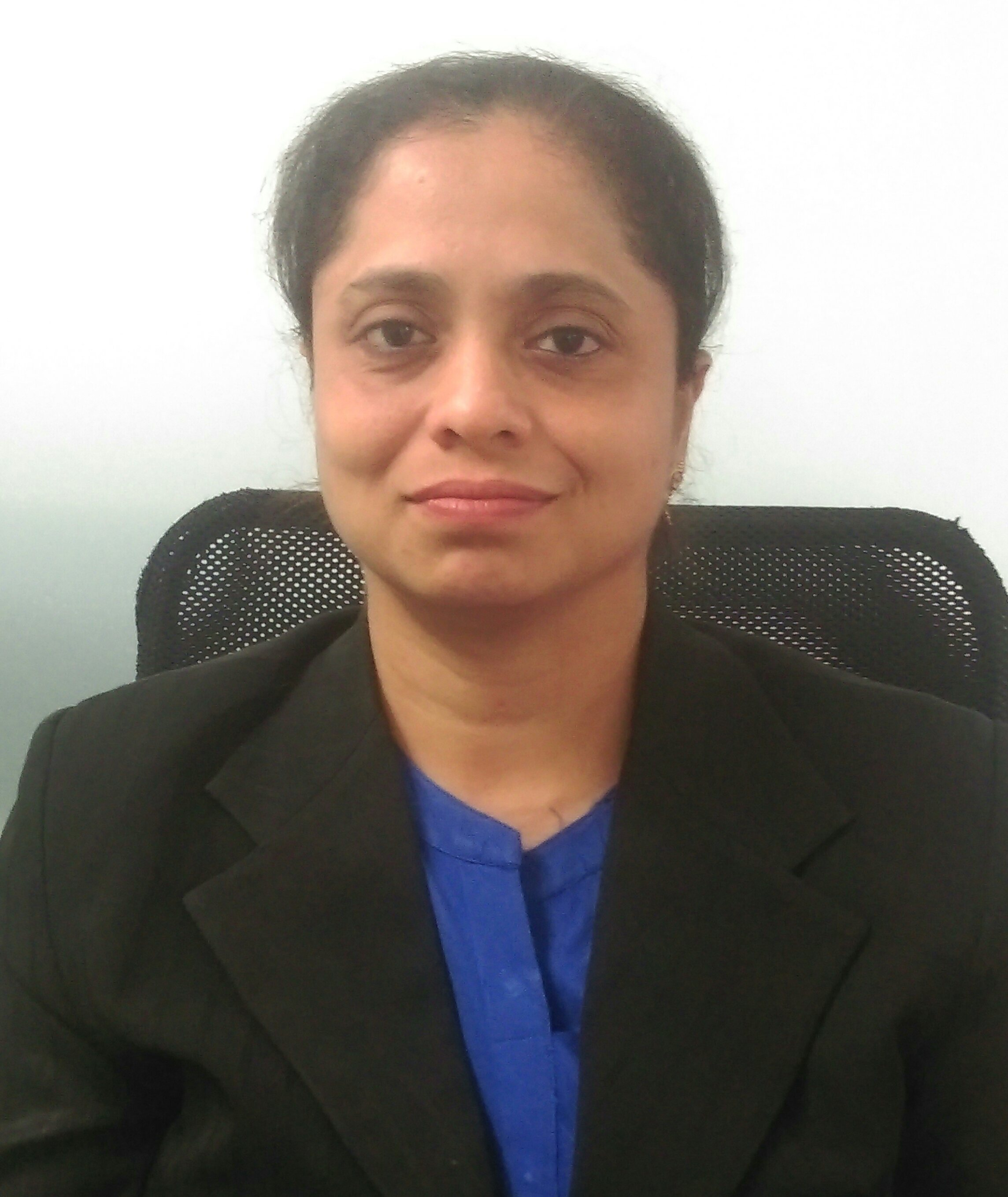 Dr. Deepali Kalbag - Cosmetologist