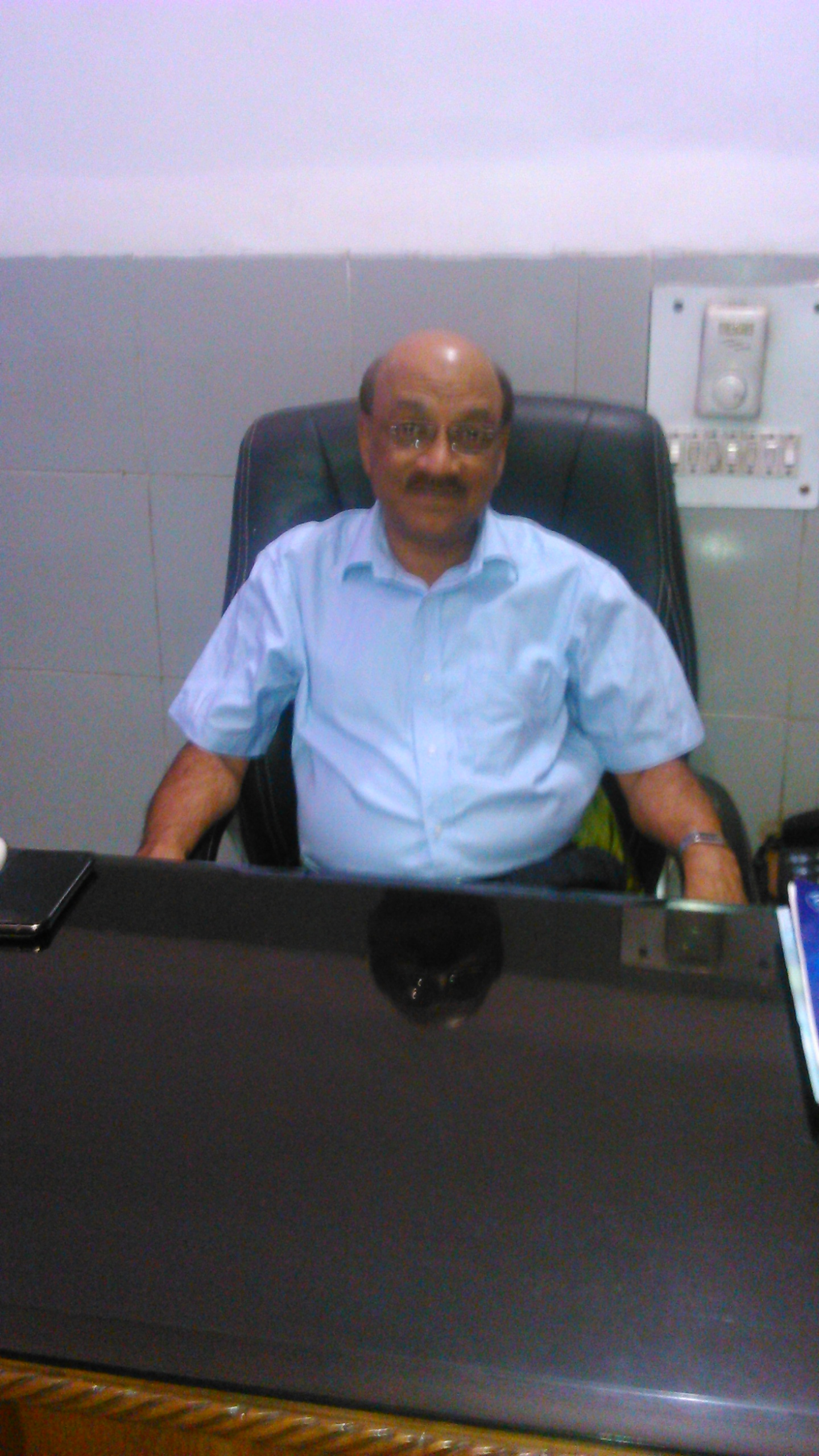 Dr. Ashok Agarwal - Ophthalmologist