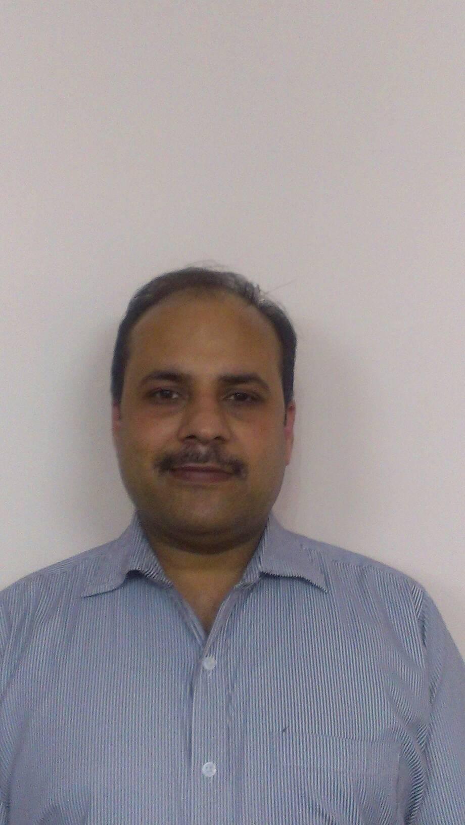 Dr. Rajat K Jain - Dentist