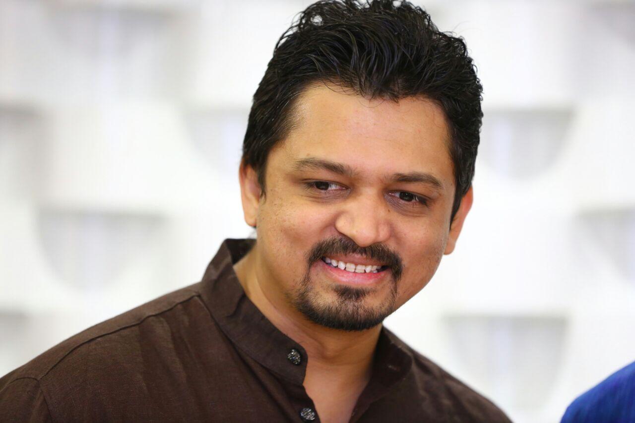 Dr. Viral Sheta - Dentist