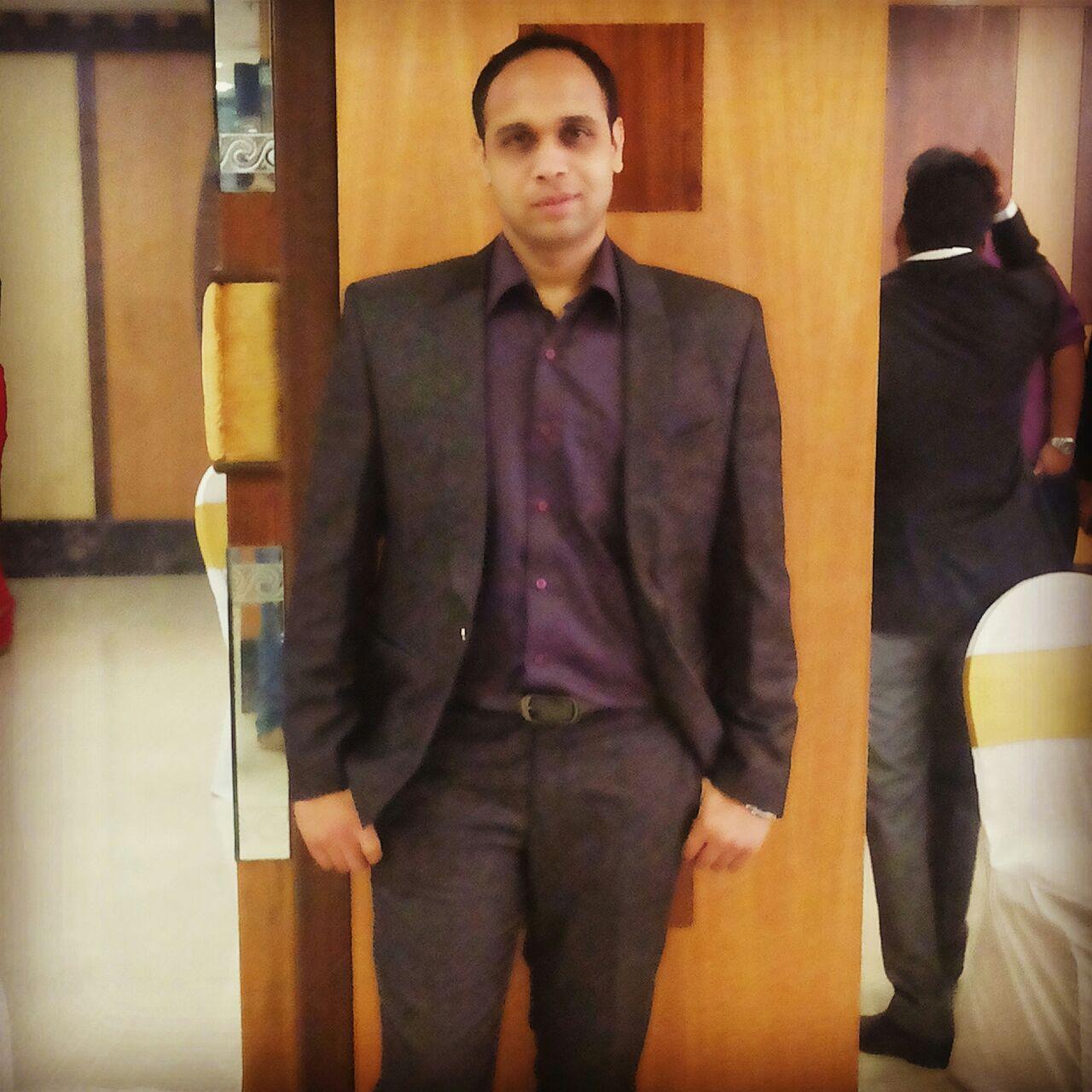 Dr. Atul Patil - Orthopedist