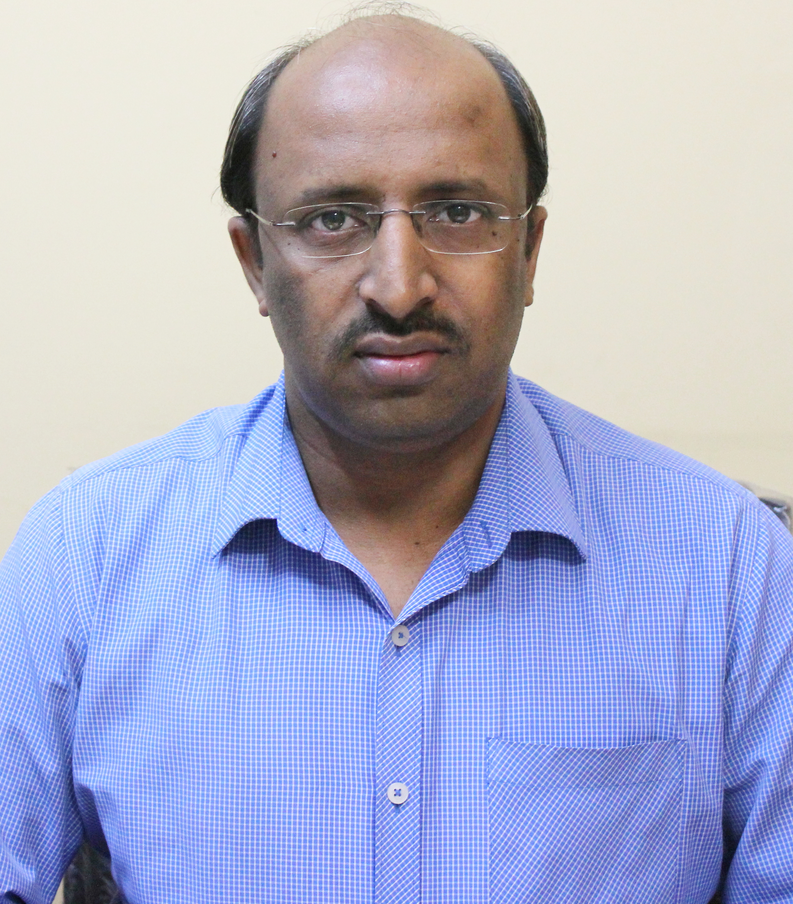 Dr. Lokesh T.R. - Pediatrician