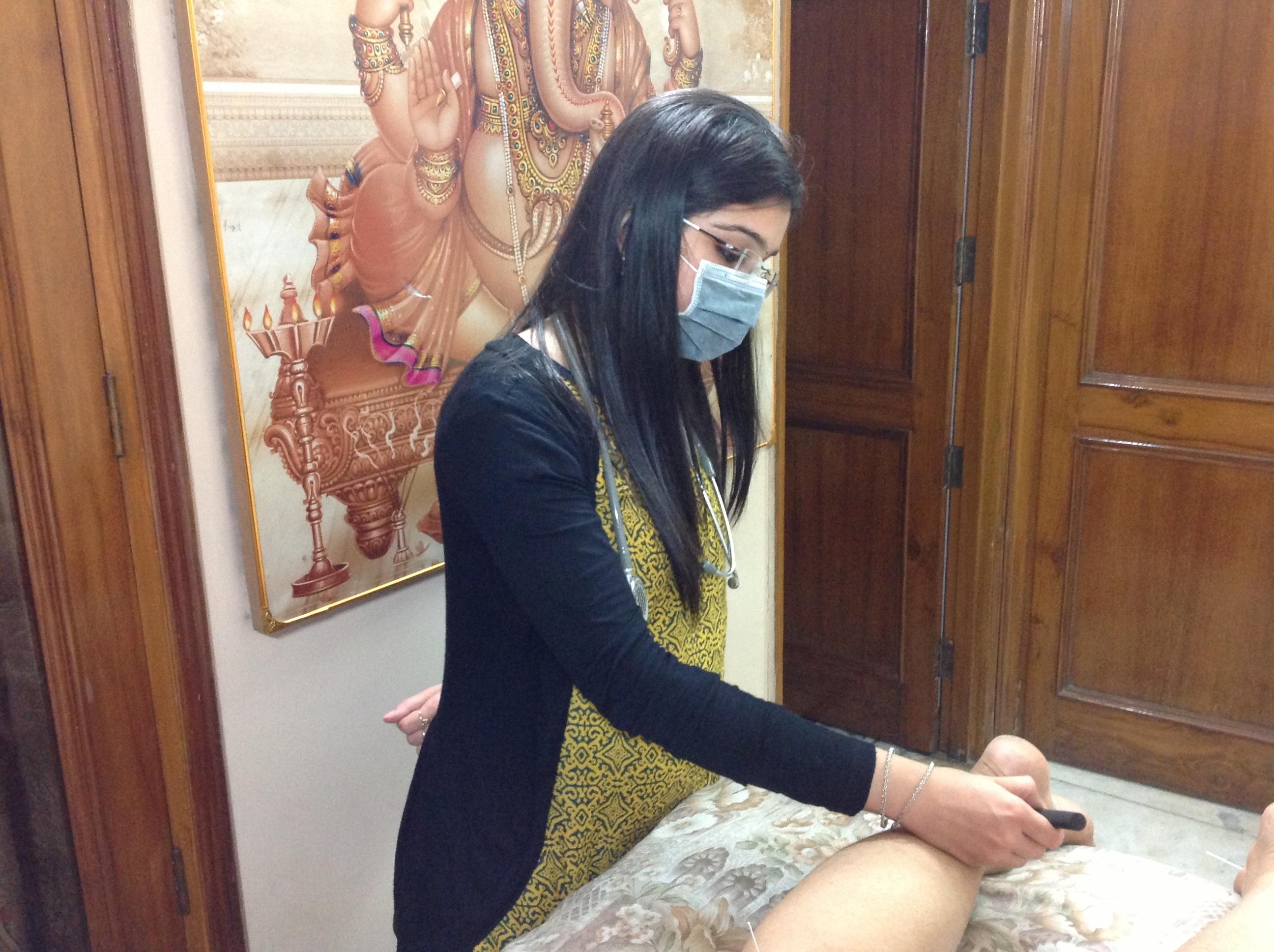 Dr. Niharika Chugh - Acupuncturist