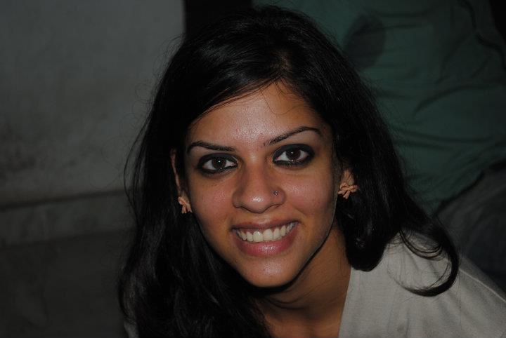 Dr. Ritika Chandra - Dentist