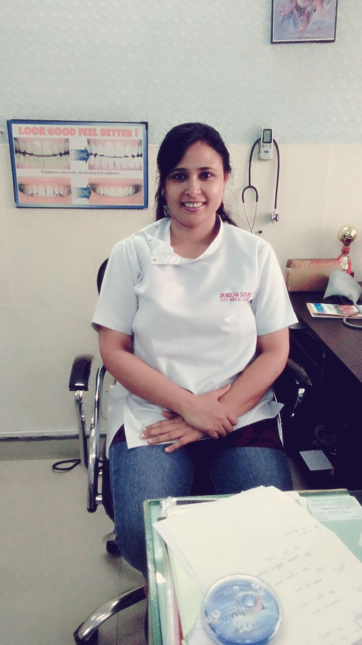 Dr. Neelam Shourie - Dentist