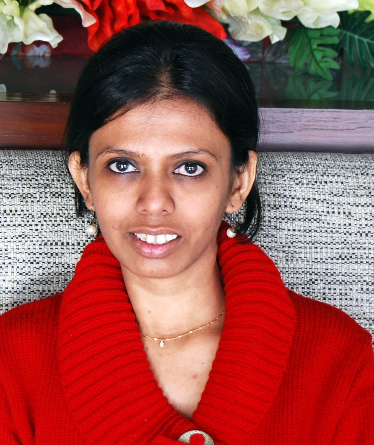 Dr. Sonali Kantak - Dermatologist