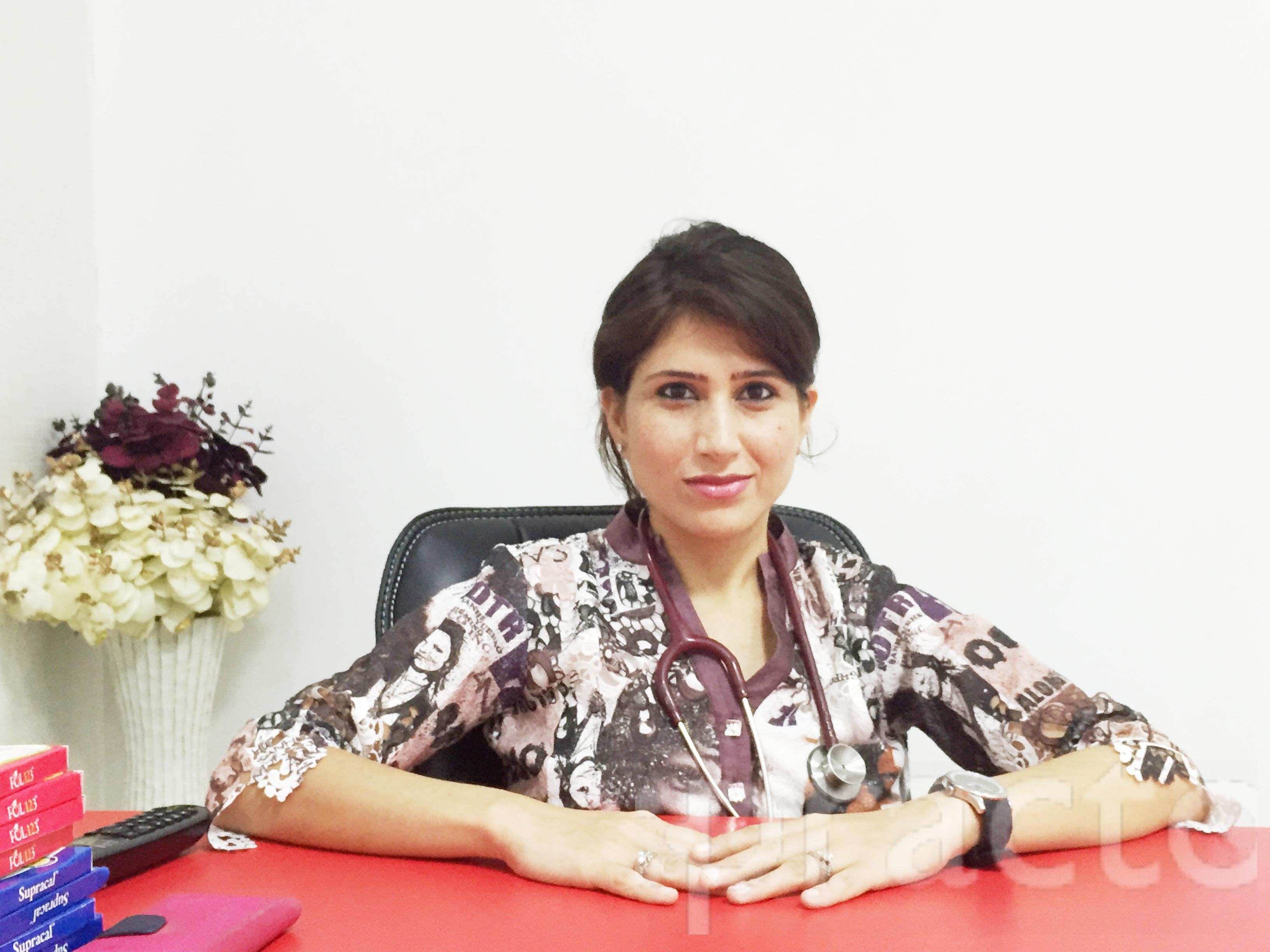 Dr. Gayatri Kar Soni - Gynecologist/Obstetrician
