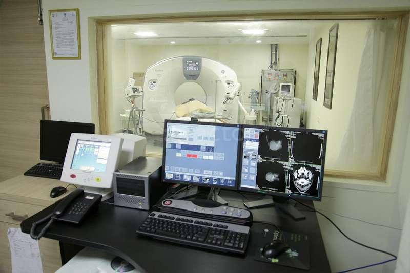 Apollo Hospital - Jayanagar - Image 18