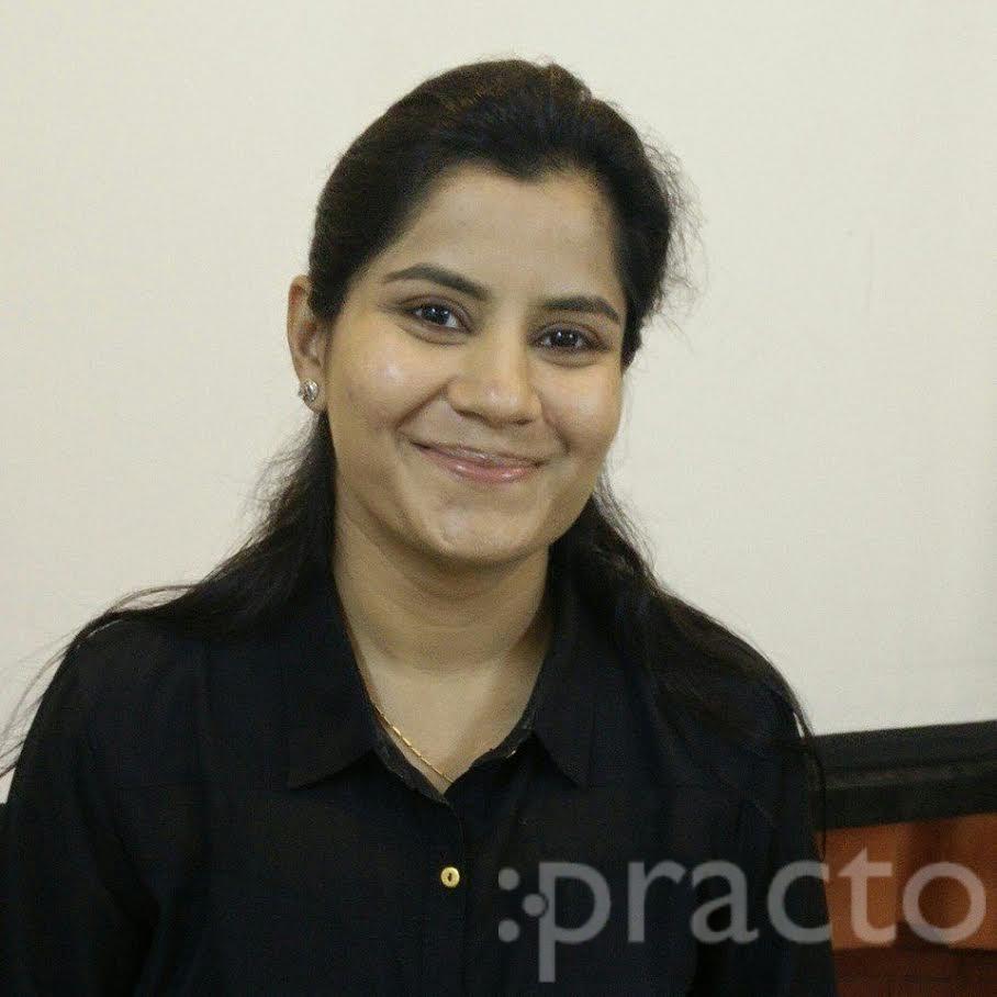 Dr. Chakshu(PT) - Physiotherapist