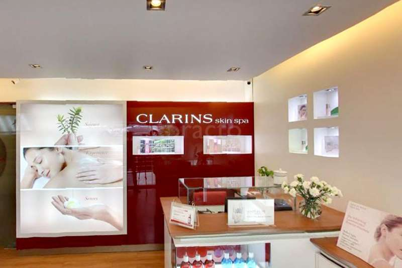 Clarins skin spa in st marks road bangalore practo for Clarins salon