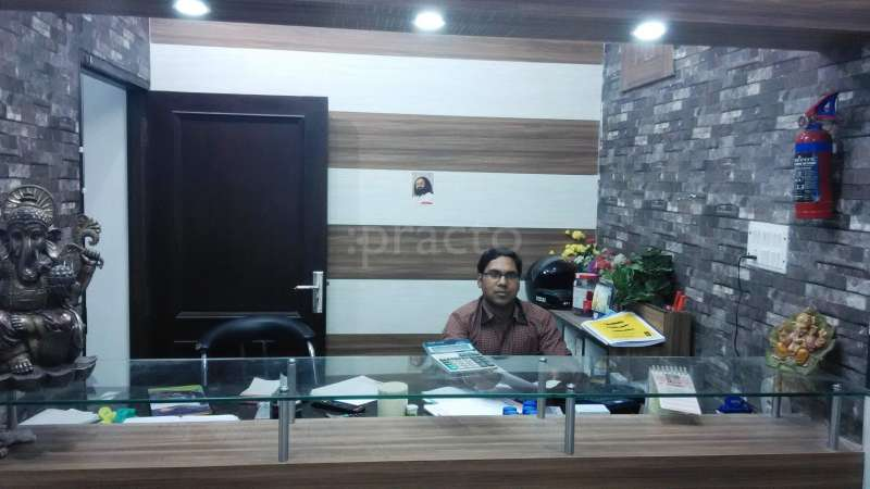 Dr  Manmohan Sharma - Endocrinologist - Book Appointment