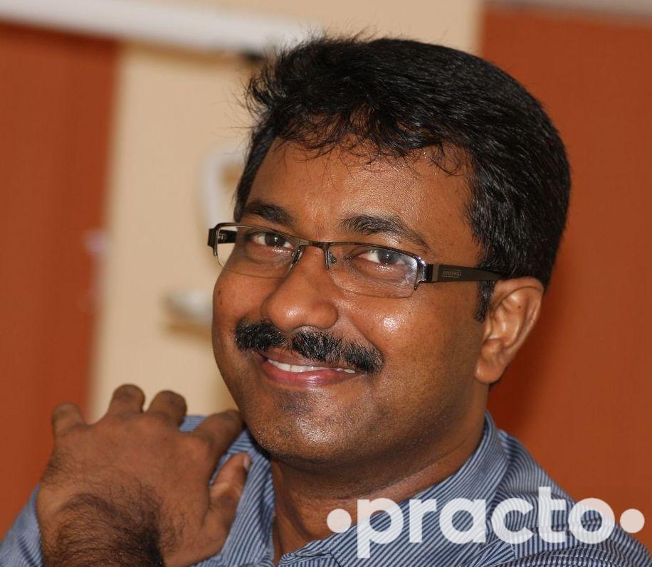 Dr. Raghavendhar Karthik - Dentist