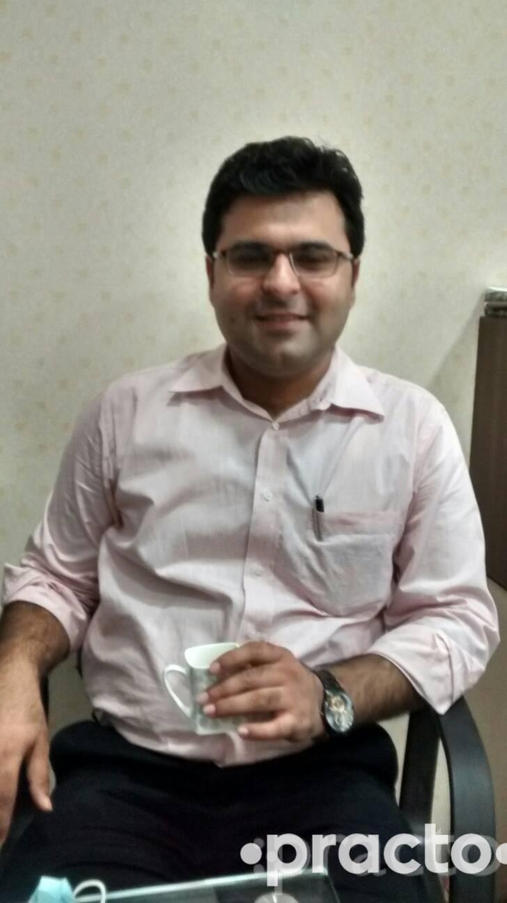 Dr. Gaurav Kukreja - Dentist