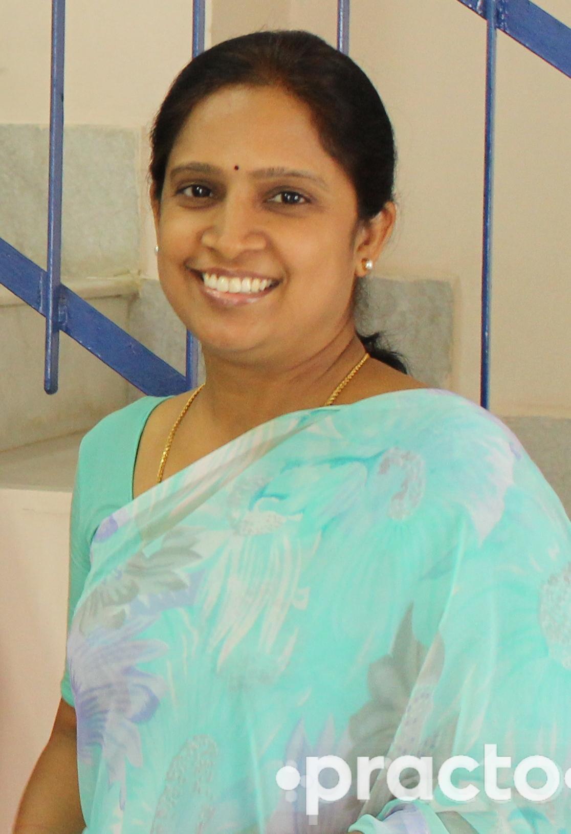 Dr. Roopashree - Dentist