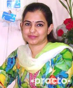 Dr. Priya Oberoi - Dentist