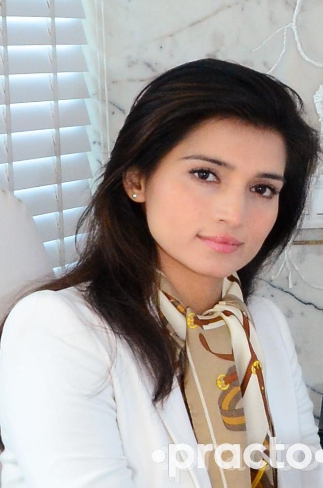 Dr. Monisha Kapoor - Plastic Surgeon