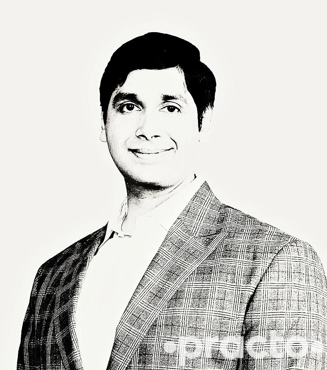 Dr. Puneet Yadav - Dentist
