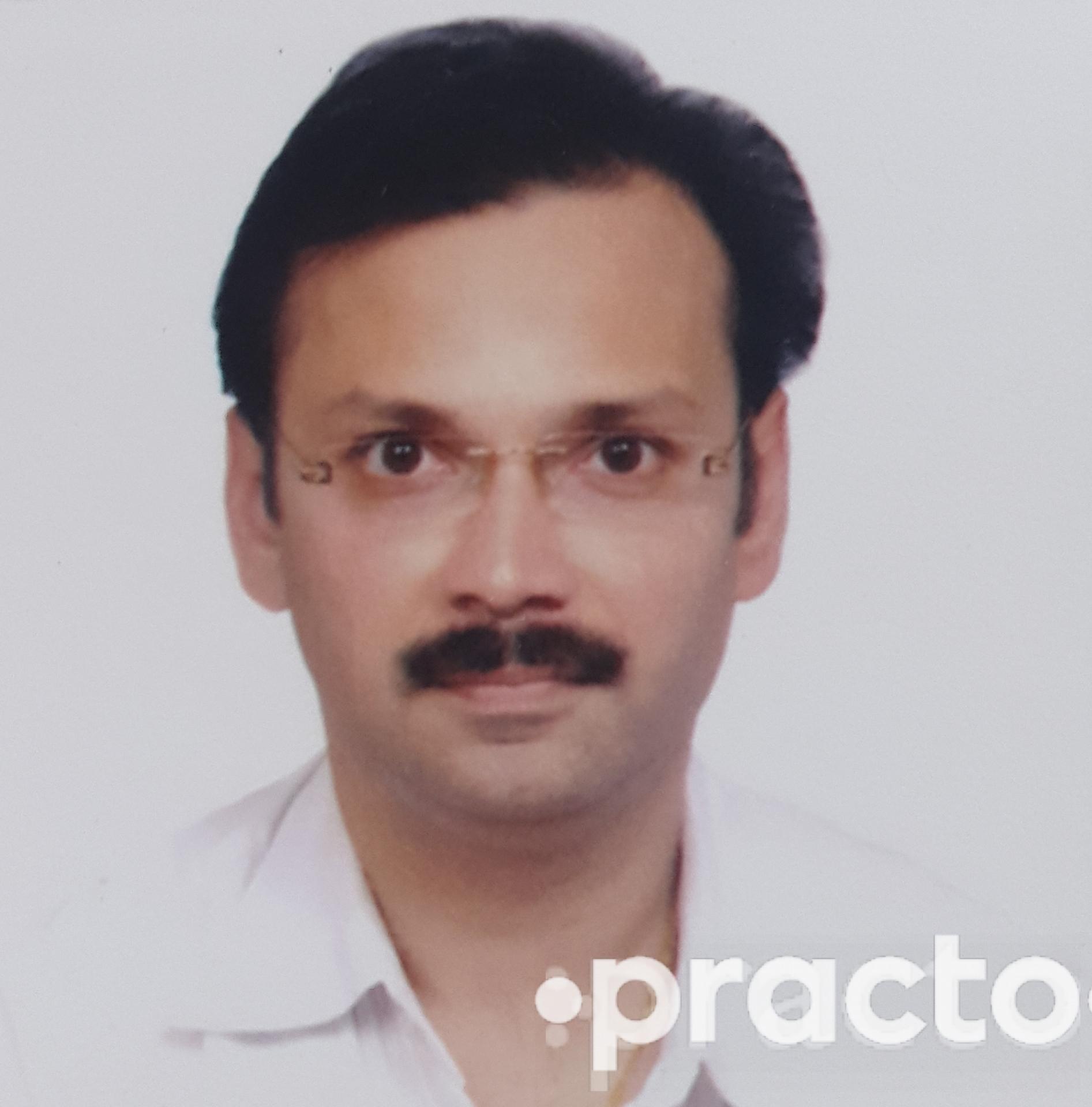 Dr. Salil Bendre - Pulmonologist
