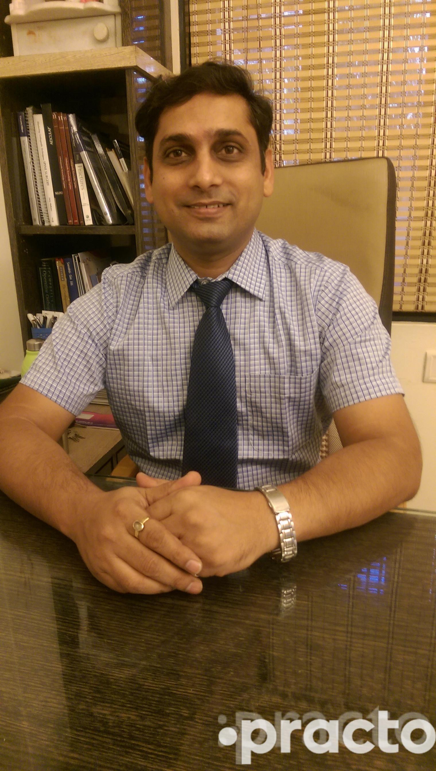 Dr. Amit jain - Orthopedist