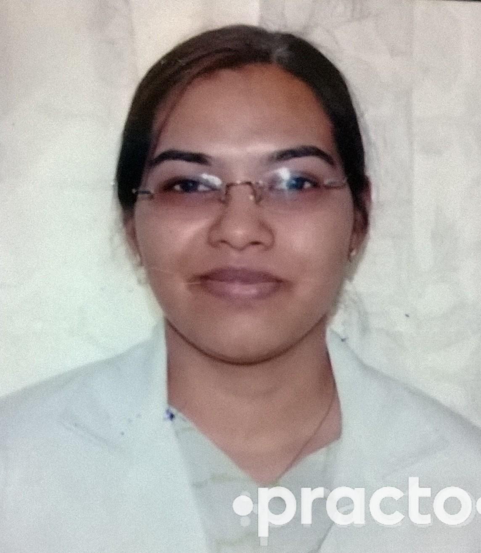 Dr. Garima Garg - Dentist