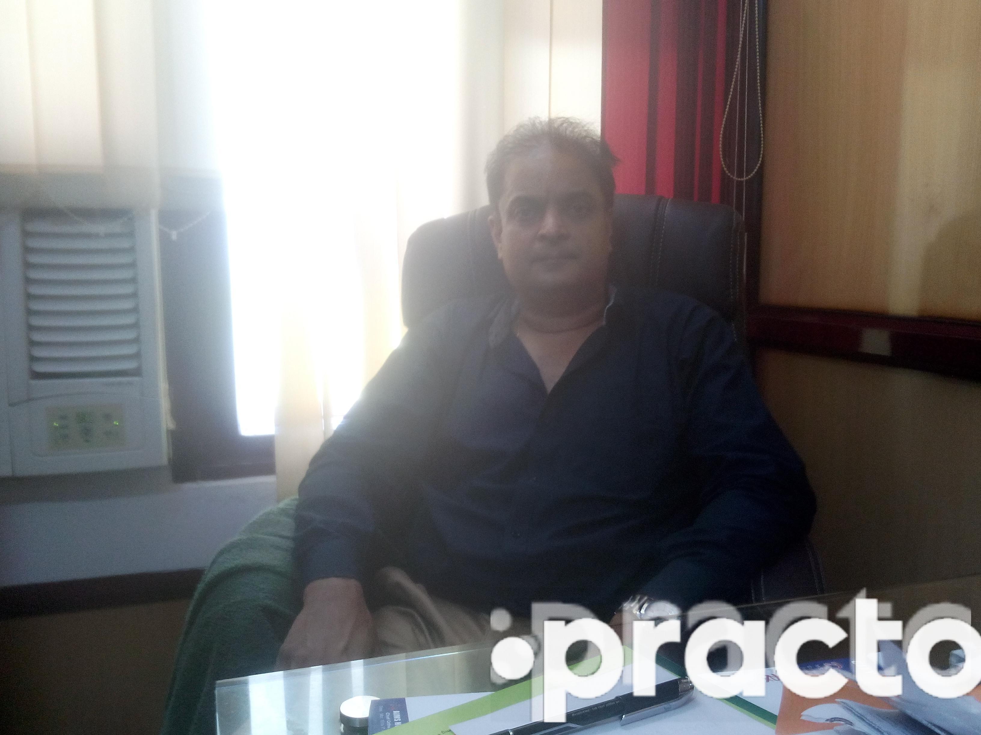 Dr. Vijay M Shetty - Orthopedist