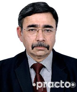 Dr. Brij Mohan Makkar - Internal Medicine